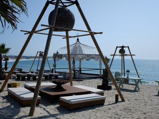 Set Lounge Beach Weddings 3