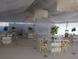Set Lounge Beach Weddings 5
