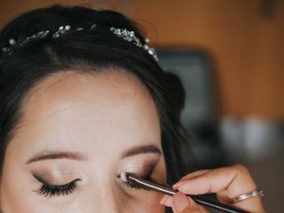 Andréa Sousa - Make Up Artist 5