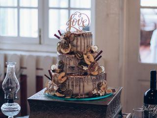 4 Cakes 6