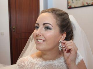 Cláudia Sofia - Make up Artist 4