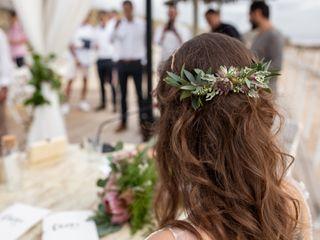 Into Bloom - Floral Design & Eventos 3