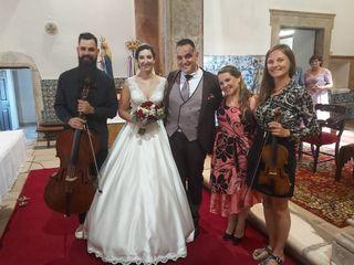 Strings n'Vox Trio 5