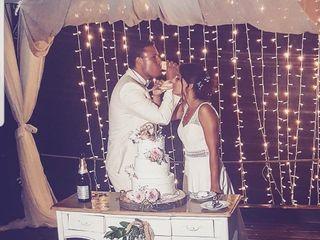 Set Lounge Beach Weddings 1
