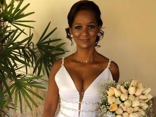 Marisela Veludo Fashion Designer 1