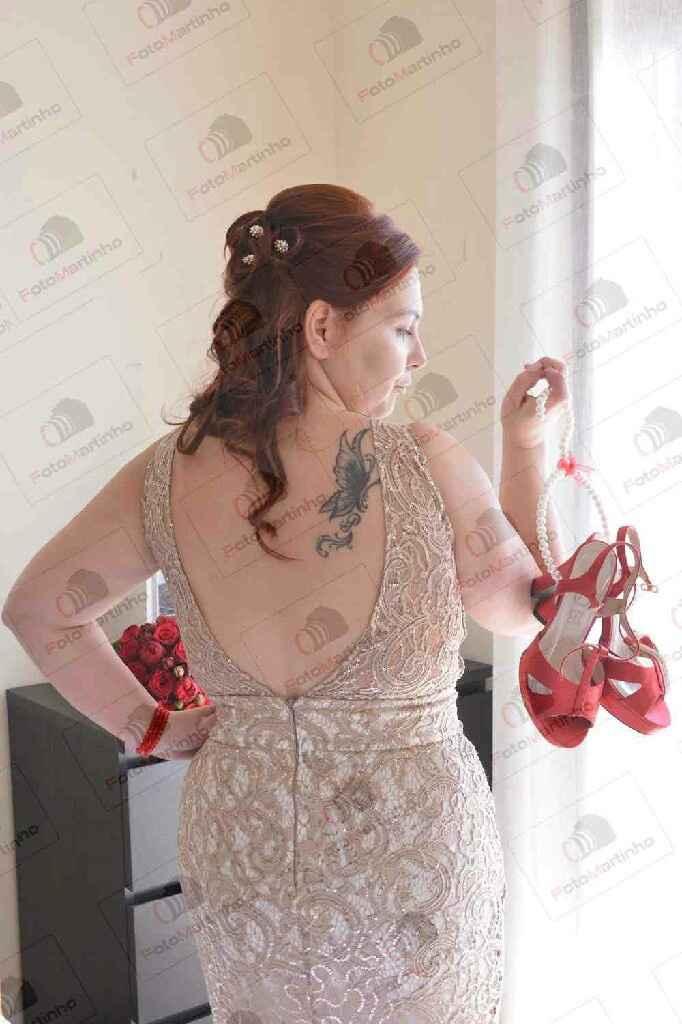 Duelo de costas: tattoo lace ou decotada? - 1
