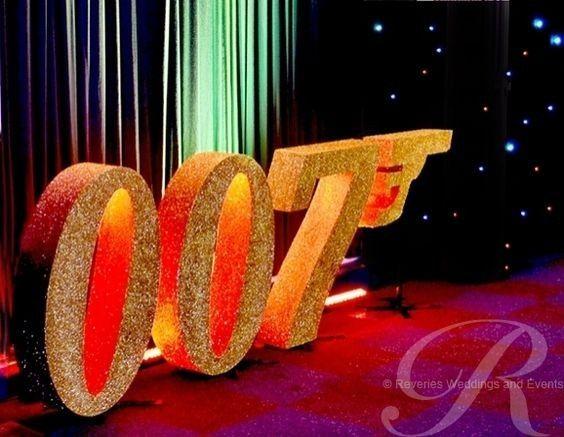Desafio casamentos baseados em filmes 007 - James bond deko ...