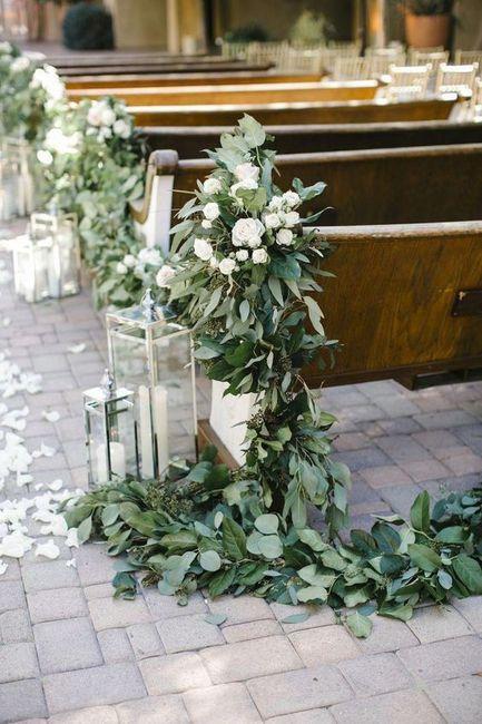 Inspirações pinterest | Decoração floral de cadeiras no corredor nupcial 1