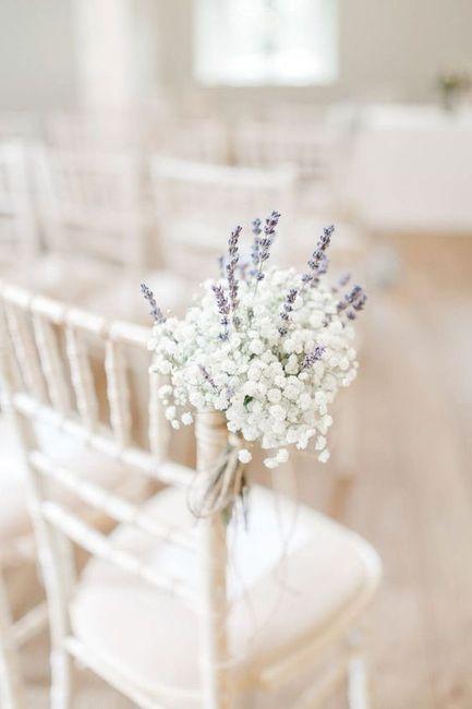 Inspirações pinterest | Decoração floral de cadeiras no corredor nupcial 2