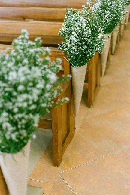 Inspirações pinterest | Decoração floral de cadeiras no corredor nupcial 4