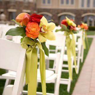 Inspirações pinterest | Decoração floral de cadeiras no corredor nupcial 8