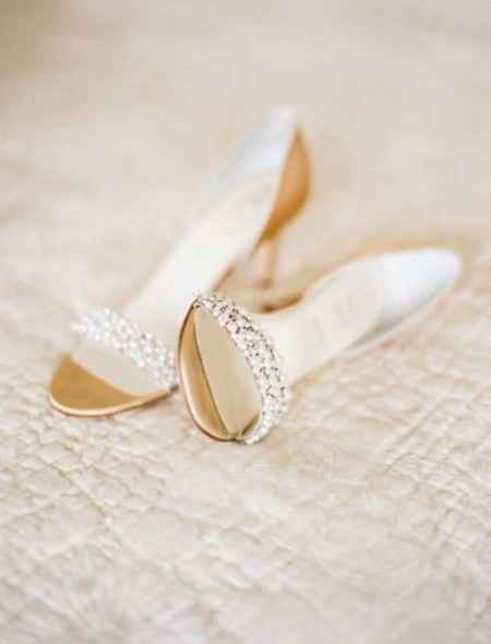 Sapatos - B