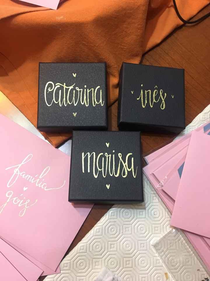 Convites e caixinhas de prendinhas para damas de honor - 1