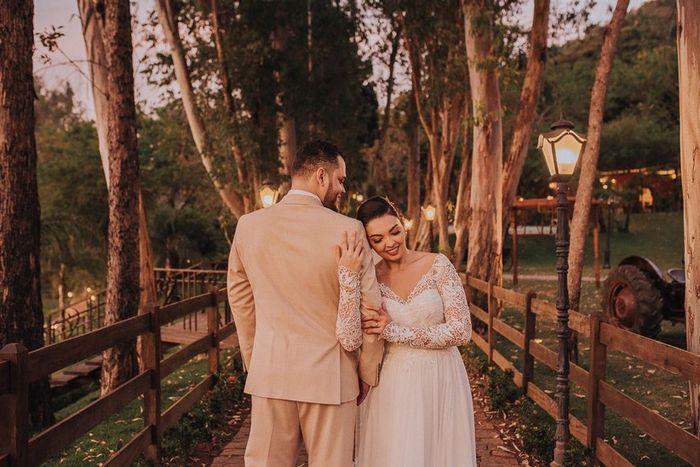Escolhe uma SAÍDA para estes noivos! 1