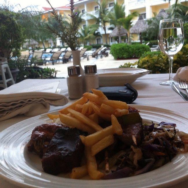 Restaurante Buffet com vista piscina <img class=