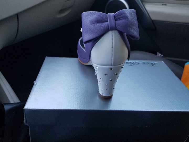 Sapatos lilas onde encontrar? - 1