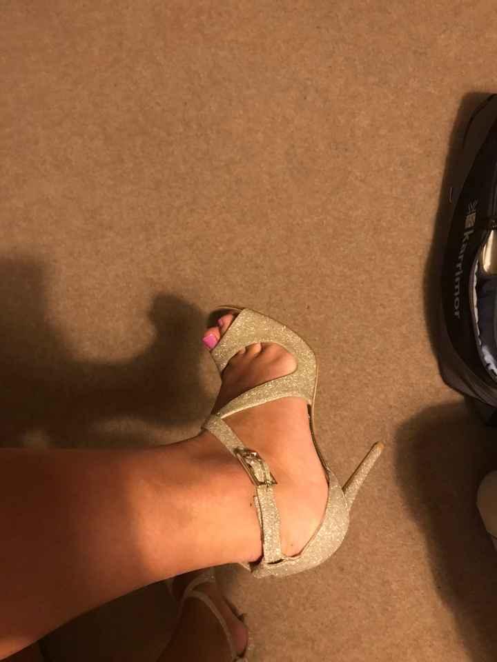 SONHO ou REALIDADE: os sapatos 👠 - 2