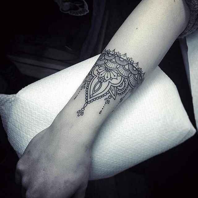 Noivas tatuadas - qual a vossa opinião? - 4