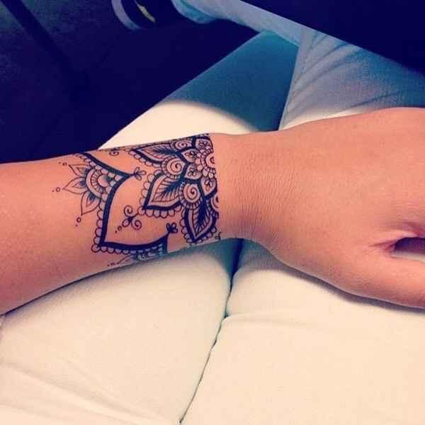 Noivas tatuadas - qual a vossa opinião? - 5