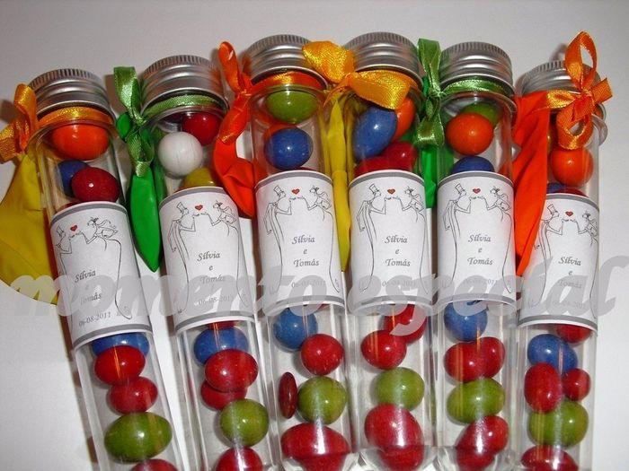 tubo de ensaio com feijões