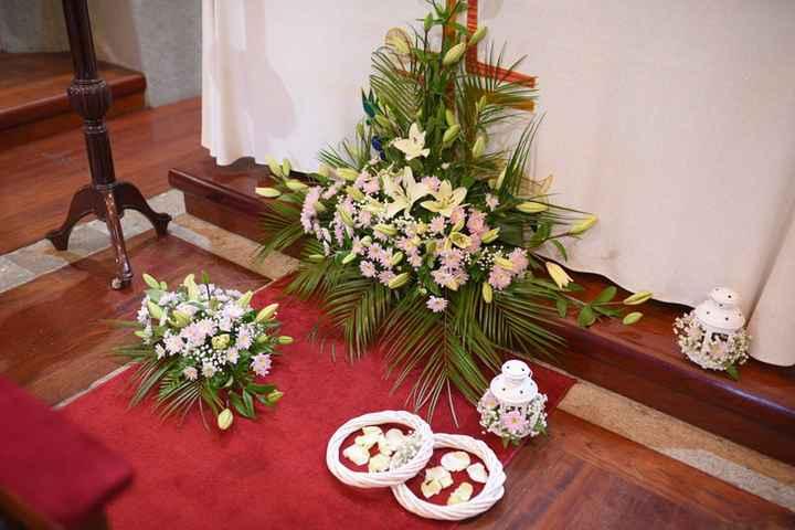 decoração à frente do altar
