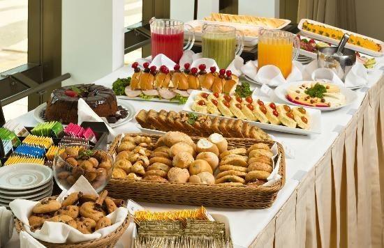 Receção com coffee-break para os convidados em casa: sim ou não? 5