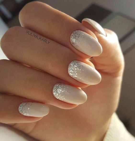 Princesa, sexy ou elegante: escolhe a manicure 1