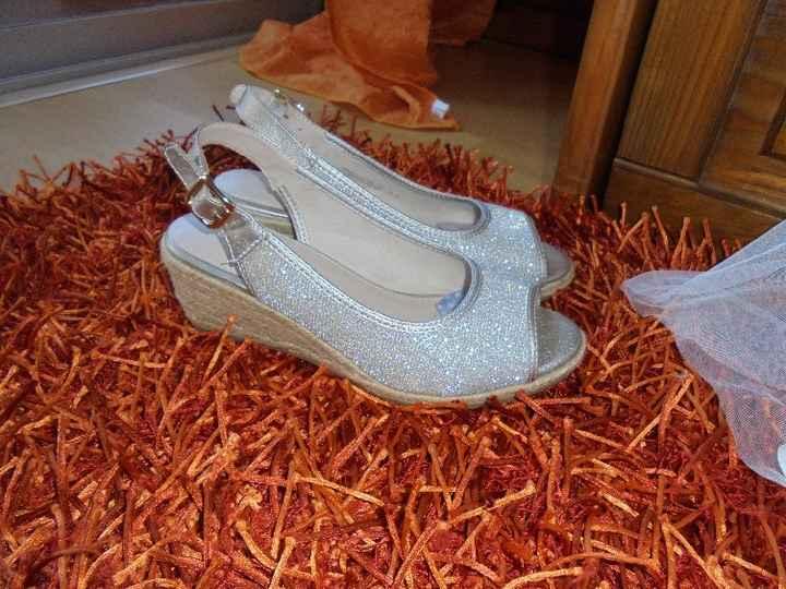 sapatos check ! comprados na deishman por acaso 22 euros
