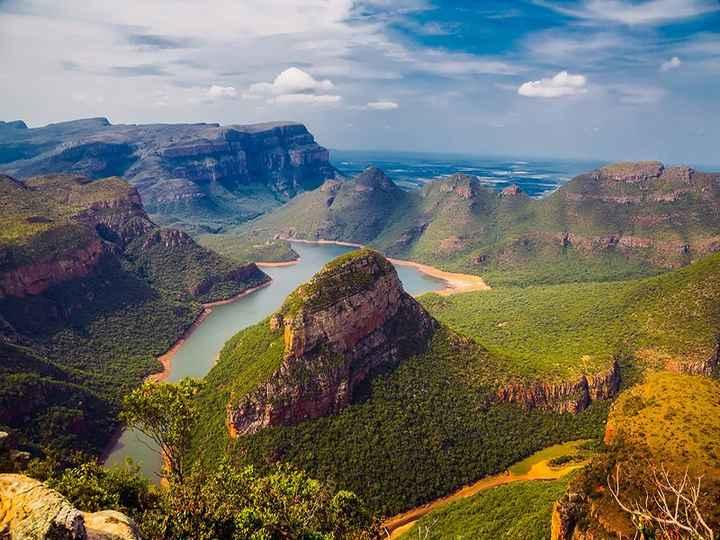 África do Sul  O Kruger Park, localizado na África do Sul, é ideal para os casais amantes de adrenal