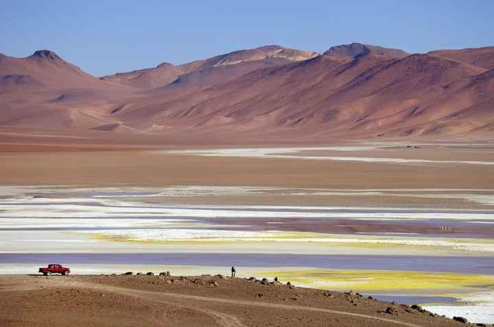 Deserto do Atacama, Chile Paisagens dramáticas como a do Atacama, combinadas com hotéis lindos e sup