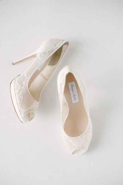 Sapatos C