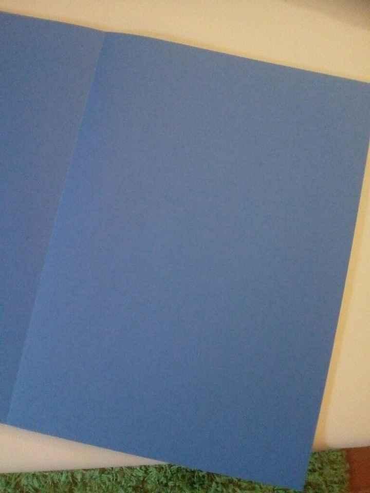 Folhas de papel azul - 1