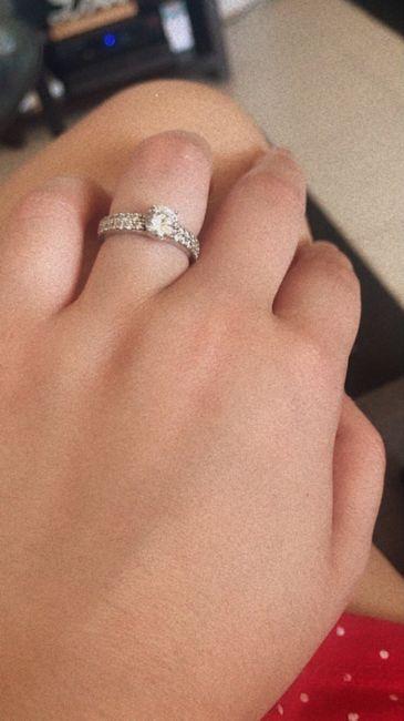 Boa noite :) Adorava ver os vossos anéis de noivado :) Quem quer partilhar? 22