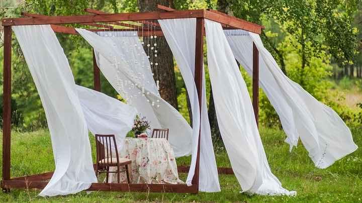 Decoração de casamento com tecido e cortinas - 1