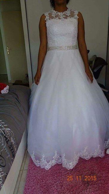 Alguma das noivas teve coragem de encomendar o vestido pela internet sem experimentar? - 1