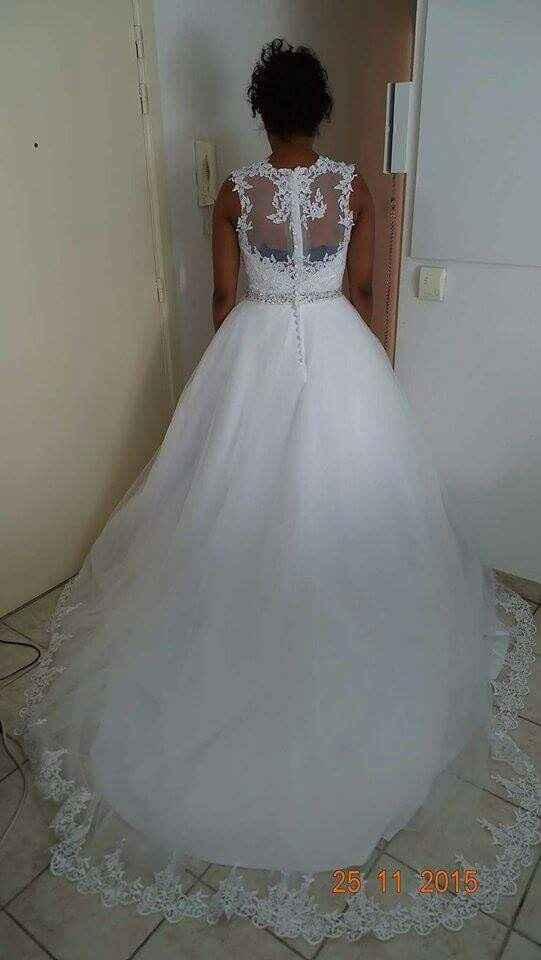 Alguma das noivas teve coragem de encomendar o vestido pela internet sem experimentar? - 3