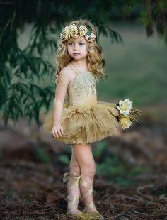 Inspirações para o Mês Dourado: Vestidos para Daminhas 1