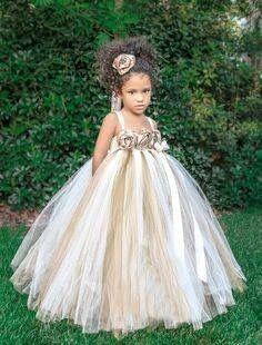 Inspirações para o Mês Dourado: Vestidos para Daminhas 5