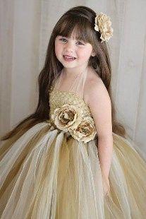 Inspirações para o Mês Dourado: Vestidos para Daminhas 7