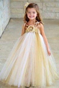 Inspirações para o Mês Dourado: Vestidos para Daminhas 18