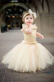 Inspirações para o Mês Dourado: Vestidos para Daminhas 31