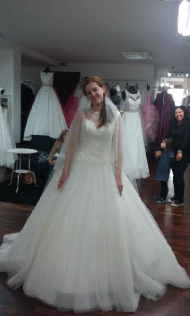Aqui está o meu vestido - 4