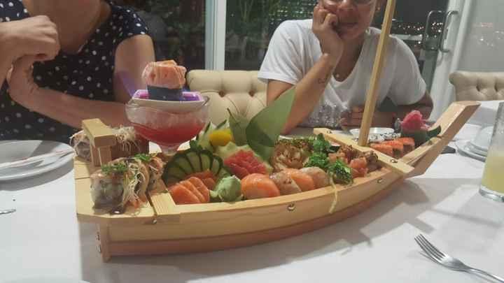 Chicas em festa Desp. 1 Sushi Night