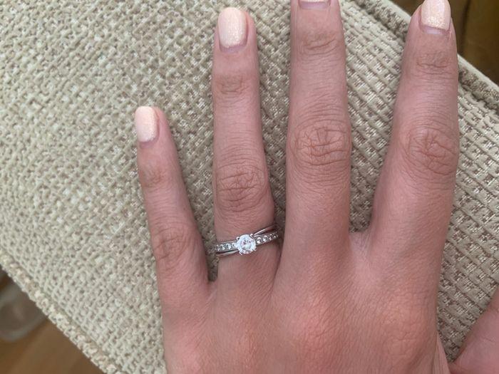 Boa noite :) Adorava ver os vossos anéis de noivado :) Quem quer partilhar? 11