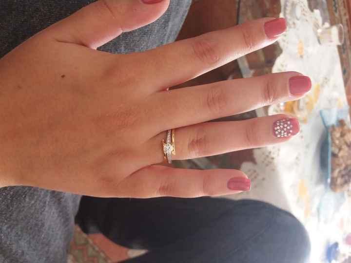 Boa noite :) Adorava ver os vossos anéis de noivado :) Quem quer partilhar? 30