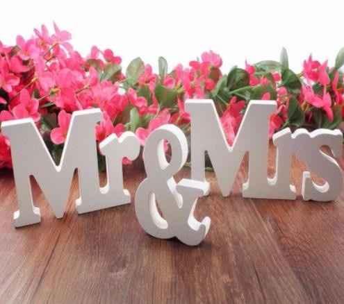 Letras para mesa noivos (um pouco pequenas)