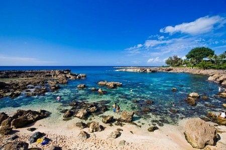 Hilton Hawaiian Village Waikiki Beach