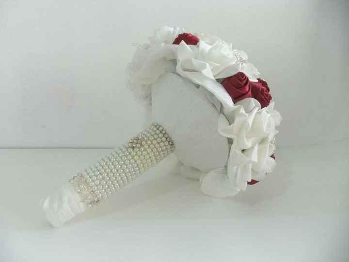 Bouquet - Glam Velvet
