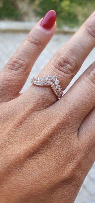 Em que mão tens o anel de noivado neste momento? 5