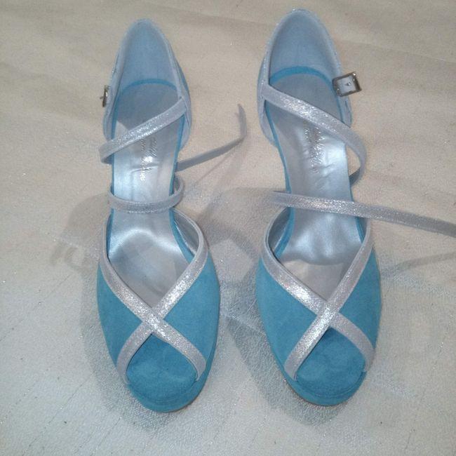 Sandálias ou sapatos?🤔 1